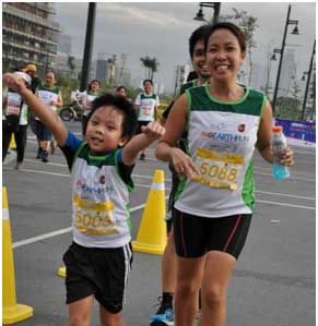 More than 5000 pro-Earth run for environment protection