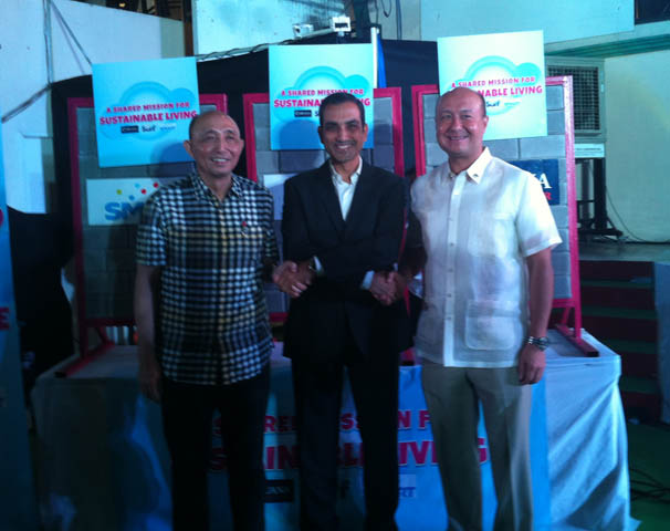 The Big 3: Smart Communications President and CEO Napoleon Nazareno; Unilever Philippines Chairman and CEO  Rohit Jawa; and Cebuana Lhuillier President and CEO Jean Henri Lhuillier strengthens partnership with a shared mission for environmental sustainability